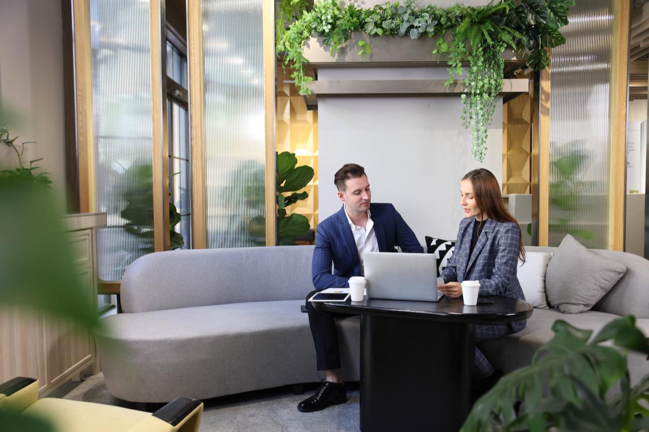 Один из ESG-трендов на рынке коммерческой недвижимости— строительство зеленых офисов.