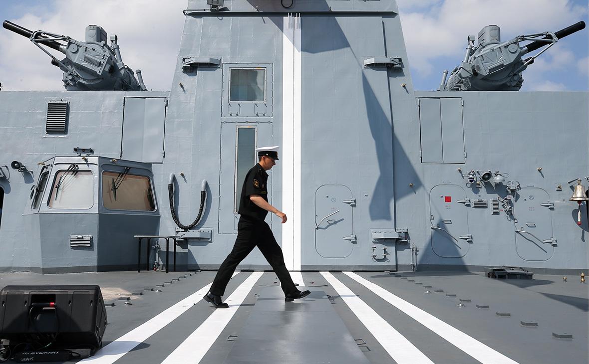 Вид на фрегат проекта 22350 «Адмирал флота Советского Союза Горшков»