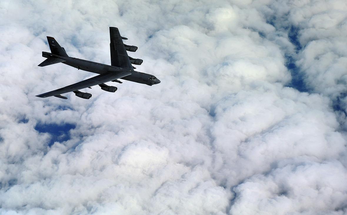 Американский стратегический бомбардировщик Boeing B-52 Stratofortress