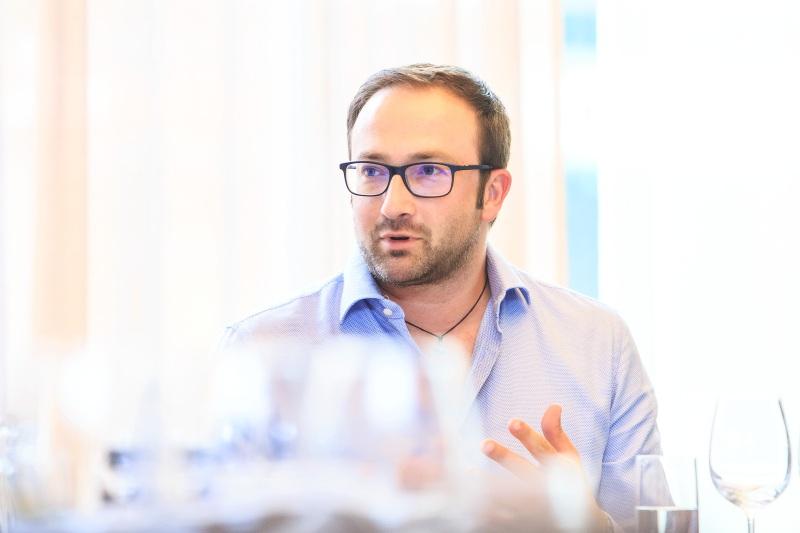 Дарио Пьерацуолли, винодел из Тосканы, две его винодельни представлены на российском рынке компанией Tenuta Cantagallo