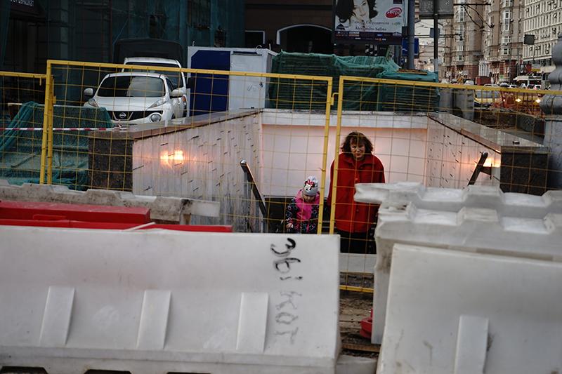 Реконструкция улиц в центре Москвы проводилась все лето