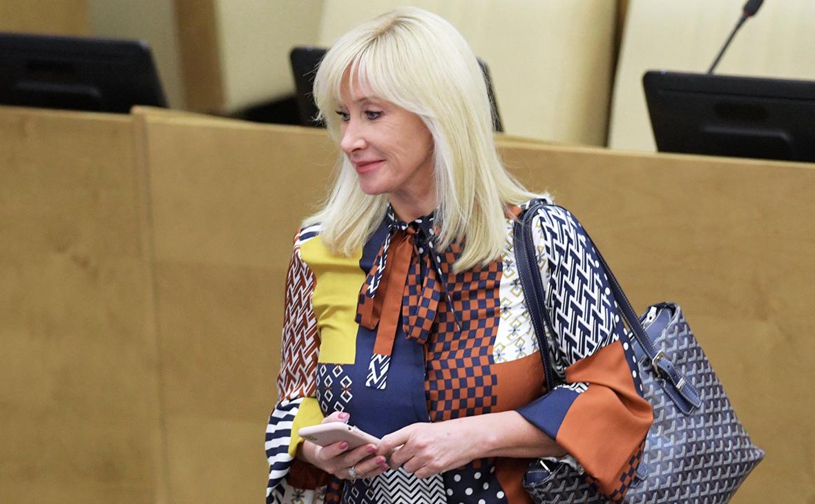 Суд отклонил иск к Оксане Пушкиной из-за поста о сериале Чики