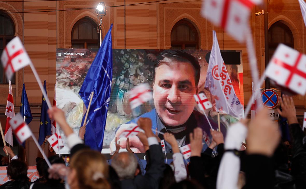 Власти Грузии решили не пустить партию Саакашвили на выборы