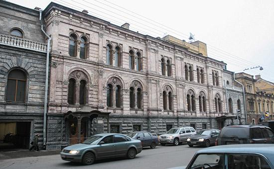 Вид на Европейский университет вСанкт-Петербурге