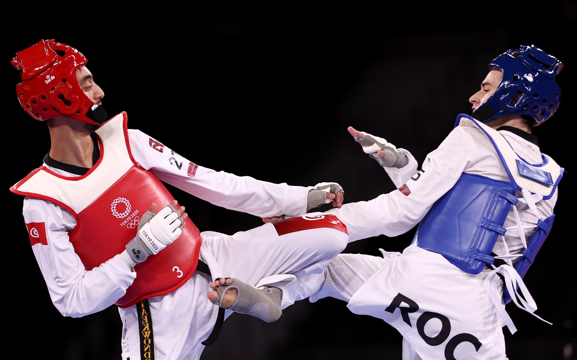 Фото: Михаил Артамонов, справа (Getty Images)