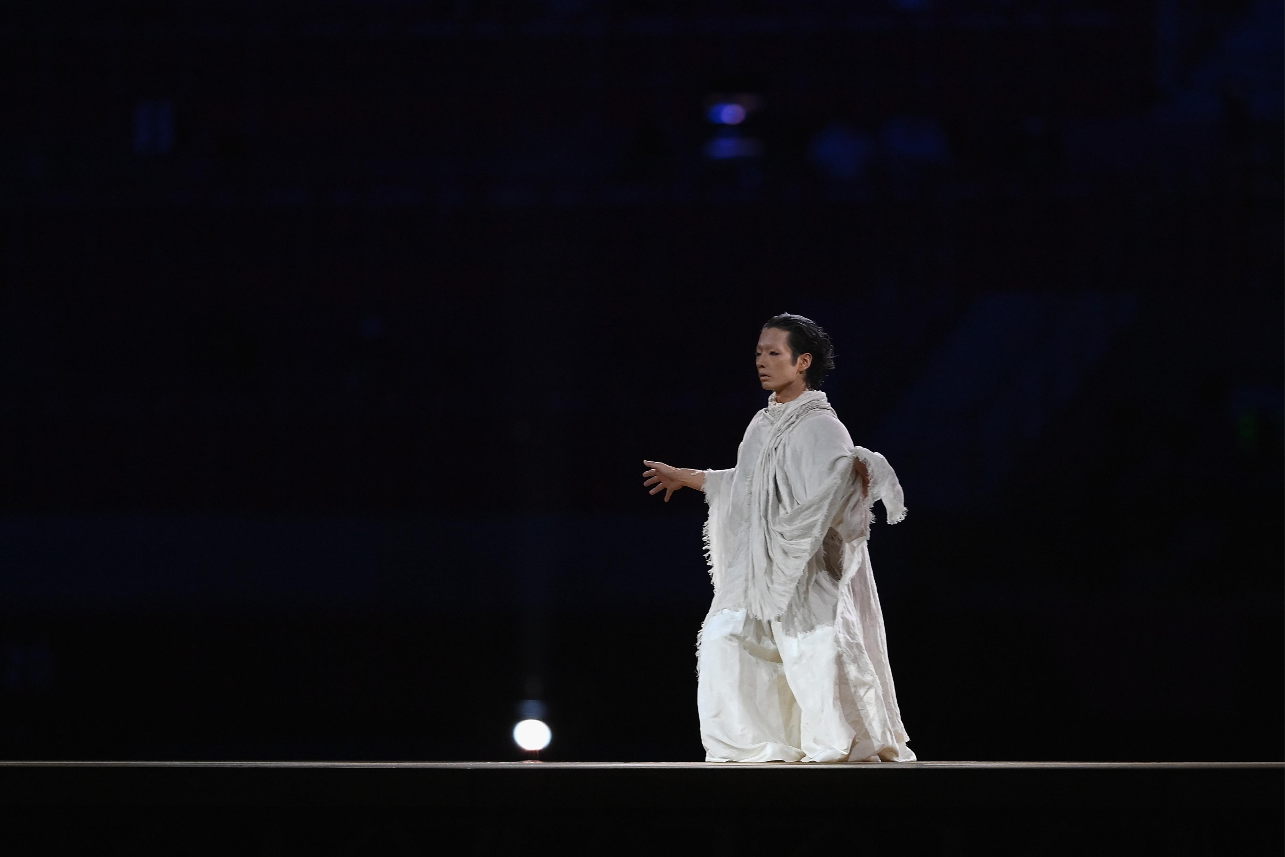 Фото: Танец ухода из жизни (Photo by Matthias Hangst/Getty Images)