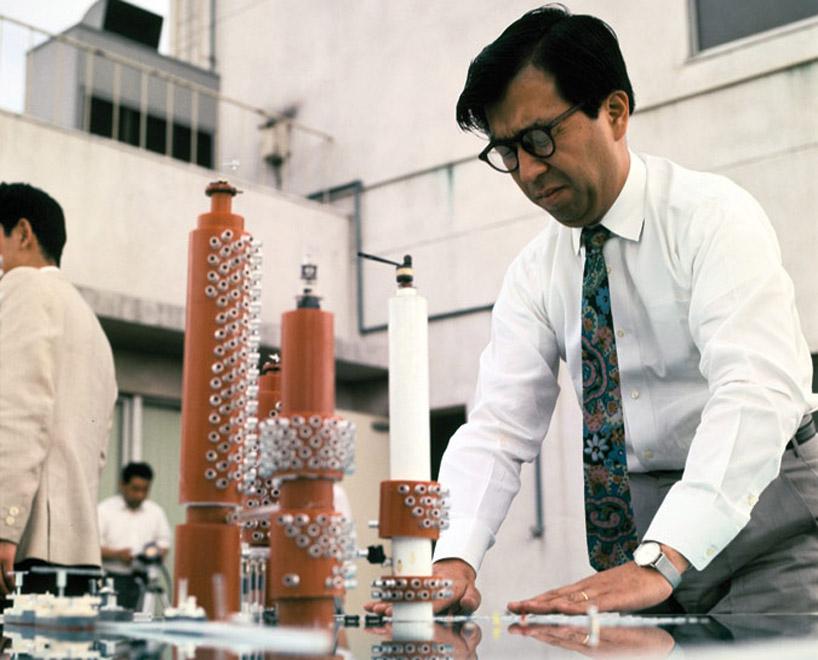 Японский архитектор Кикутакэ Киенори стал лауреатом премии Огюста Перре в один год с Пьяно и Роджерсом. В своей деятельности он уделял основное внимание проблемам органичного развития городских пространств и их адаптации к природной и социальной среде. Киенори стал родоначальником архитектурной философии, получившей название «метаболизм»