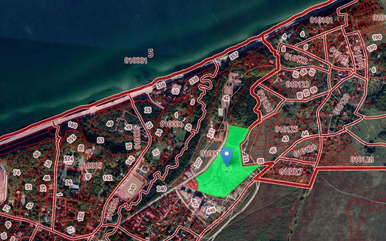 Фото: Скриншот кадастровой карты. Зеленым выделен участок под строительство