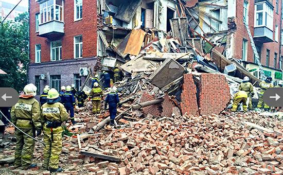 Последствия обрушения дома в Перми