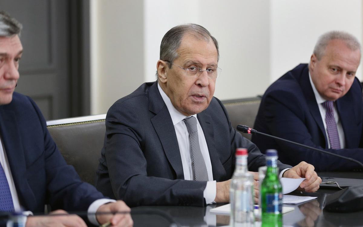 Сергей Лавровна переговорах сАрой Айвазяном