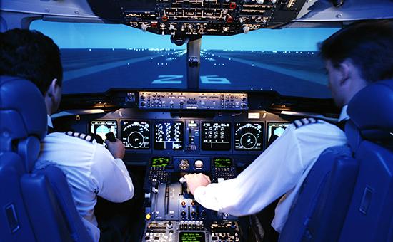 Рабочее место пилотов пассажирского лайнера