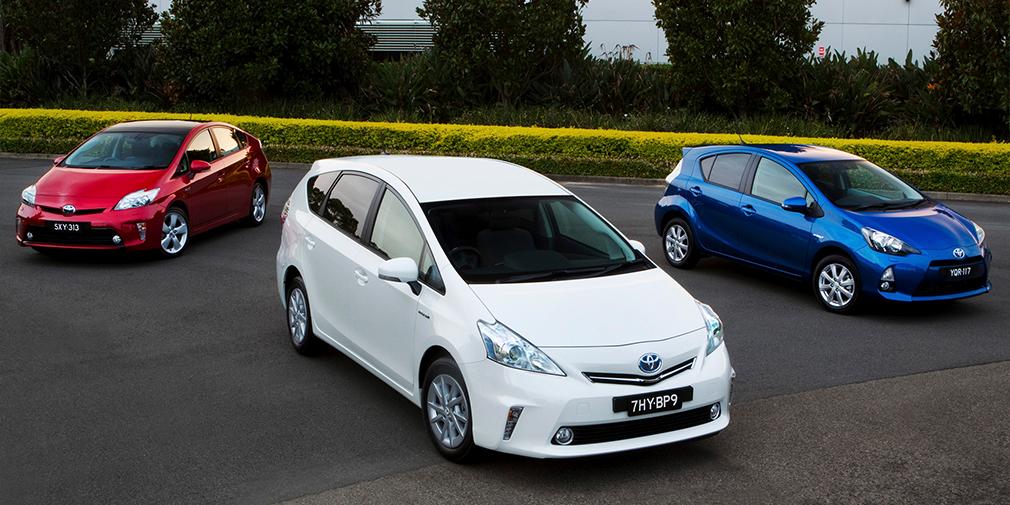 """<span style=""""font-size:15px;"""">Toyota Prius, Toyota Prius v и Toyota Prius c</span>"""