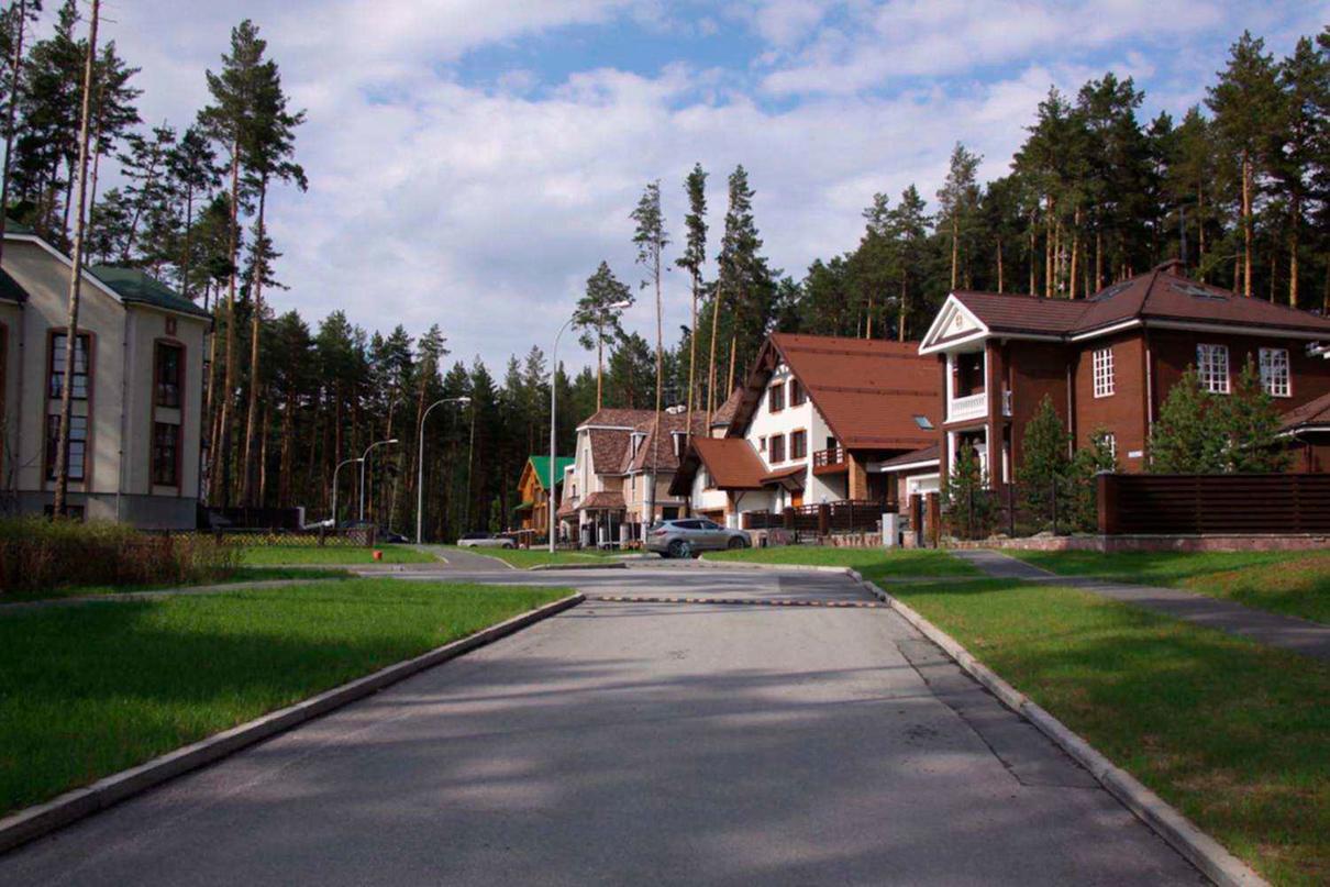 Коттеджный поселок в Екатеринбурге