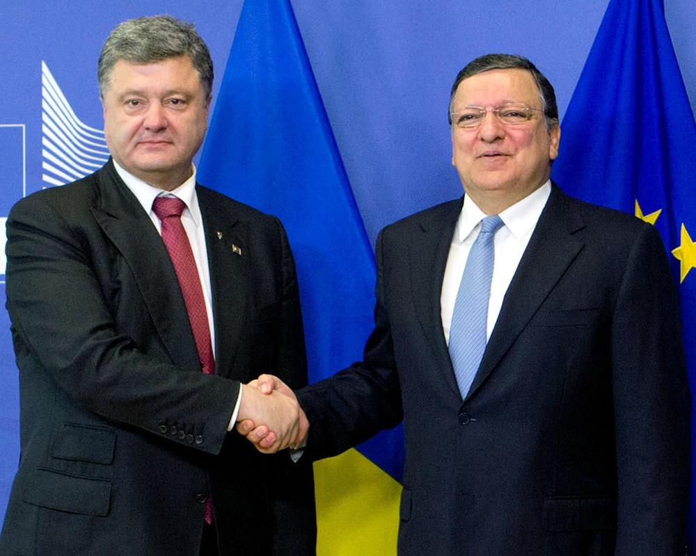 Порошенко надеется прекратить конфликт в Донбассе в начале сентября