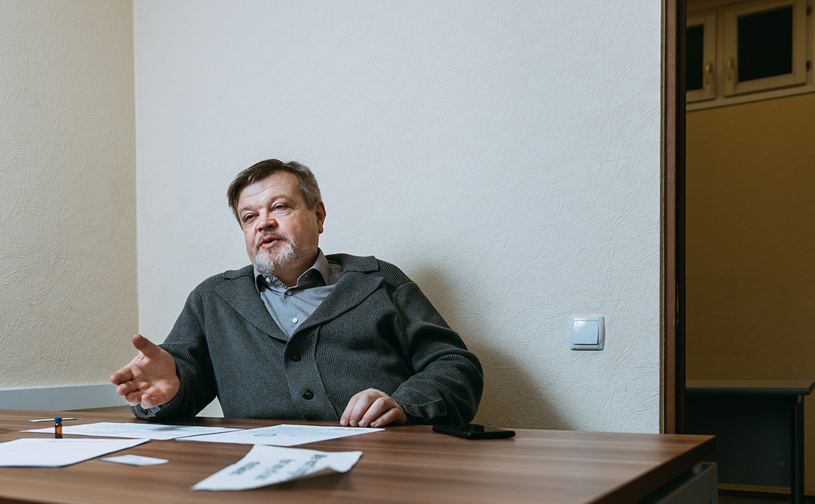 Андрей Мезинов