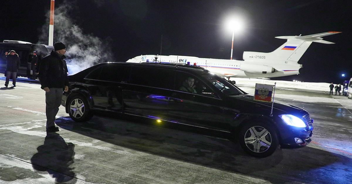 СМИ узнали об уголовном деле против авиаперевозчика машин кортежа Путина