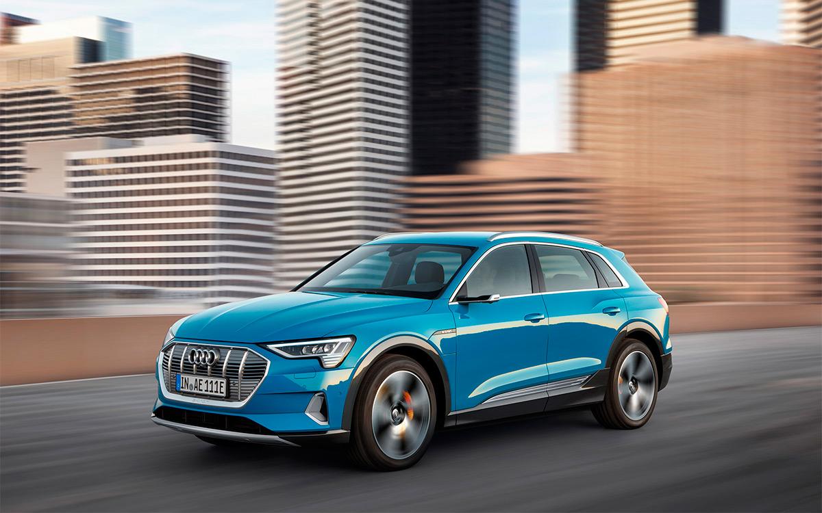 <p>Коэффициент лобового сопротивления у Audi e-tron составляет всего 0,25.</p>