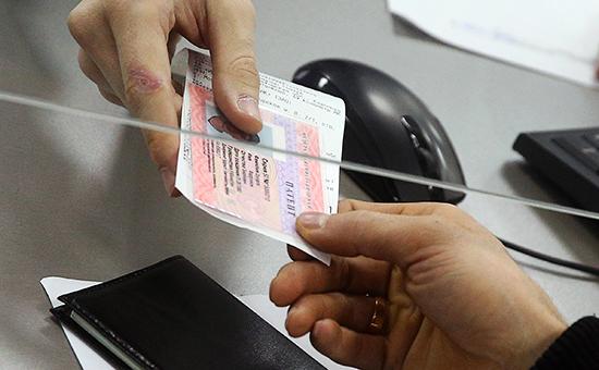 Выдача трудового патента в Едином миграционном центре