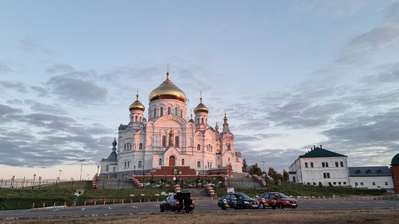 Священника из Прикамья принудили выплатить штрафы на 620 тыс. руб.