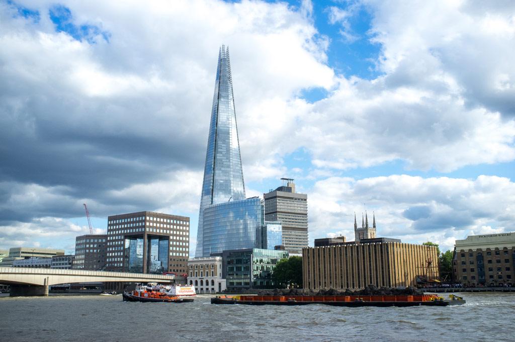 В будущем, уже работая поодиночке, зодчие продолжали строить архитектурные шедевры и оба удостоились Притцкеровской премии. Так, Ренцо Пьяно стал создателем небоскреба The Shard («Осколок») в Лондоне — самого высокого здания Европы
