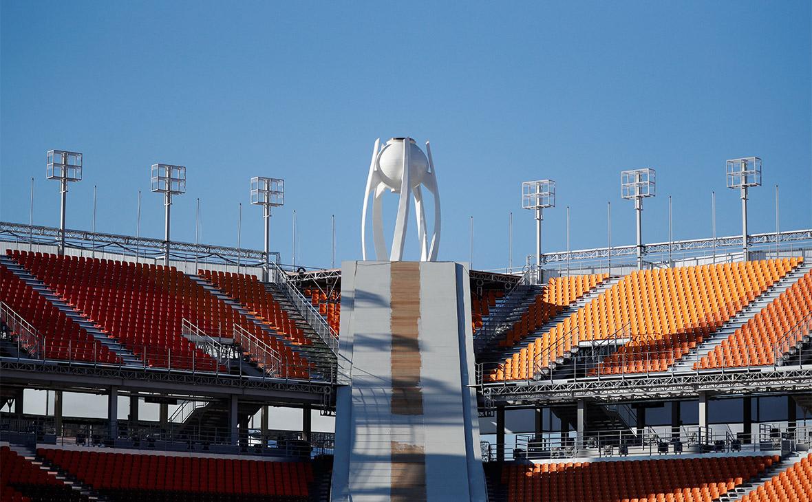 Вид на главный стадион в Пхёнчхане