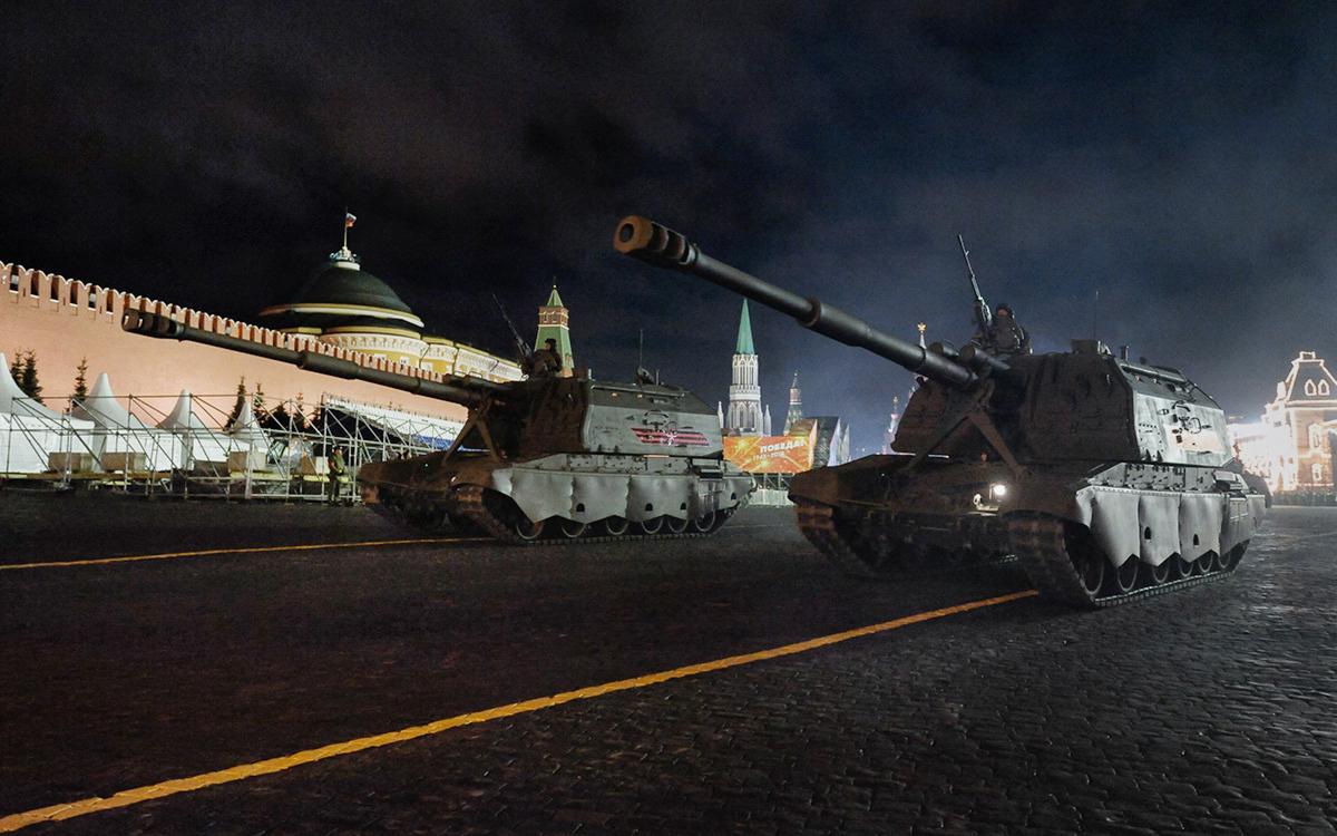 Из-за репетиции парада Победы в Москве перекроют часть улиц
