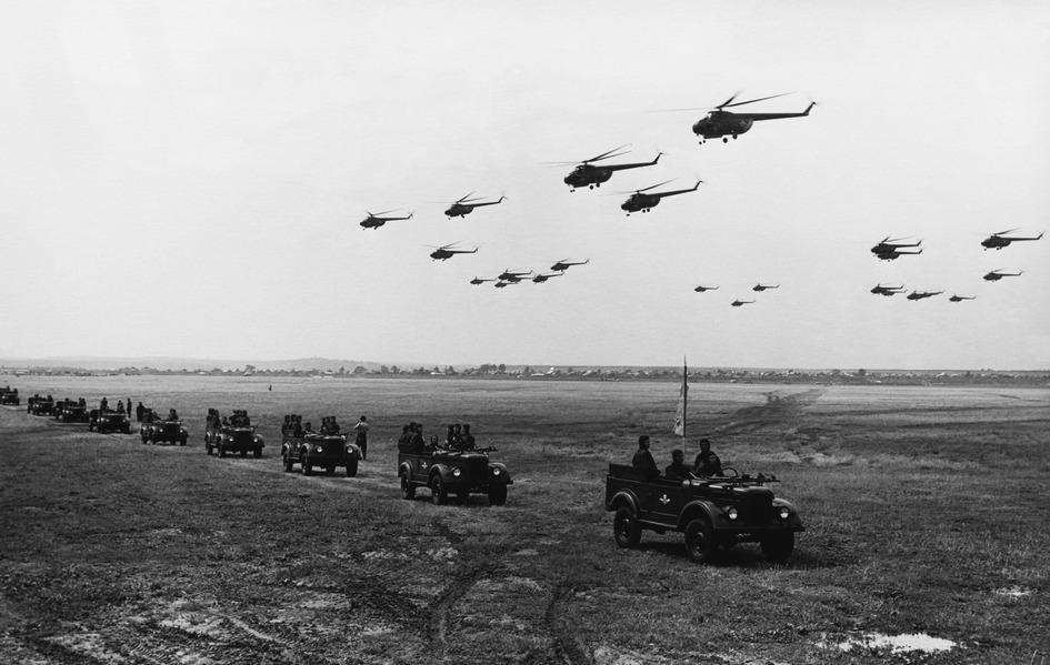 Празднование Дня воздушного флота СССР на Тушинском аэродроме. 1956 год