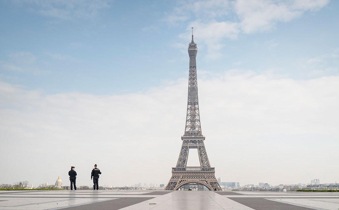 Франция ужесточит правила въезда из-за нового штамма COVID-19