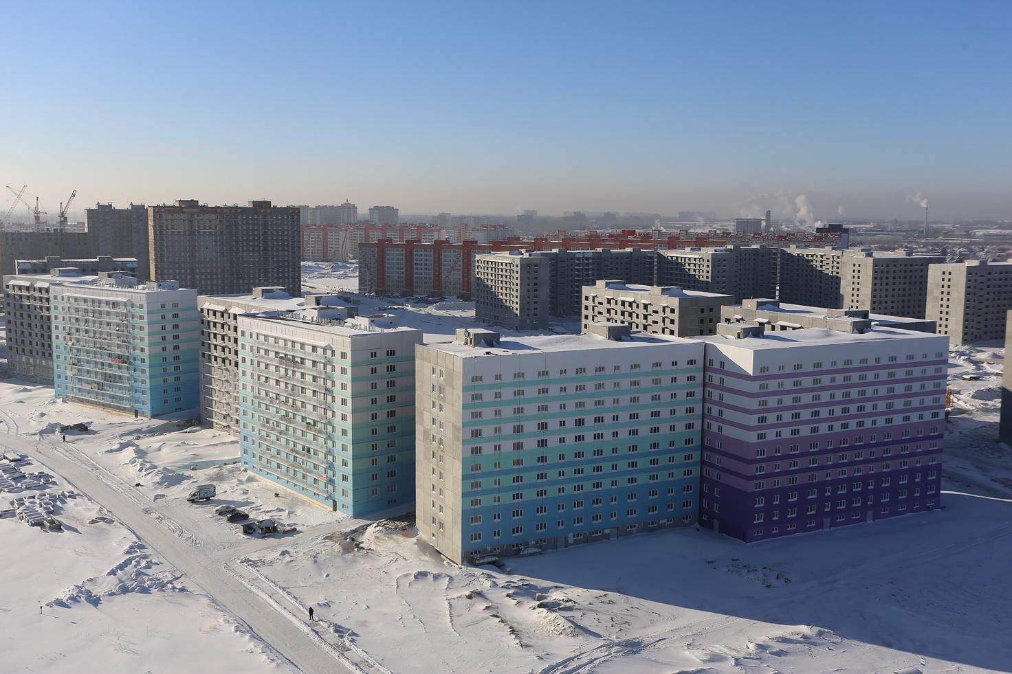 Вид с высоты на новые микрорайоны Левобережья - ЖК «Просторный» и ЖК «Матрешкин двор» 
