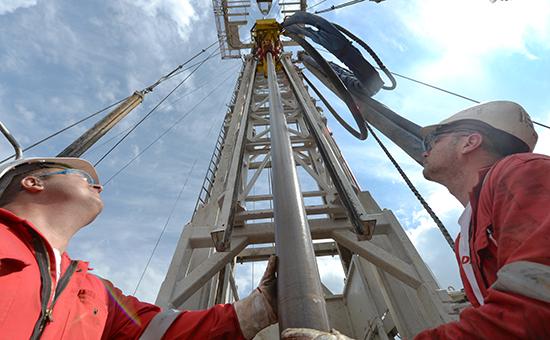 Бурение нефтяной скважины
