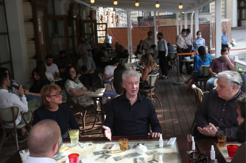 Мэр Москвы Собянин встретился с рестораторами