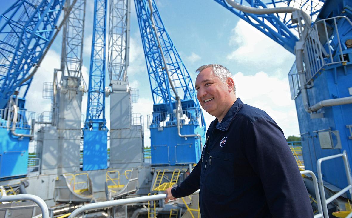 Дмитрий Рогозинво время рабочей поездки на космодром Восточный