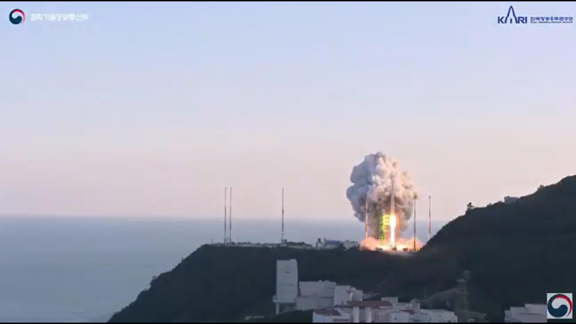Южная Корея запустила космическую ракету
