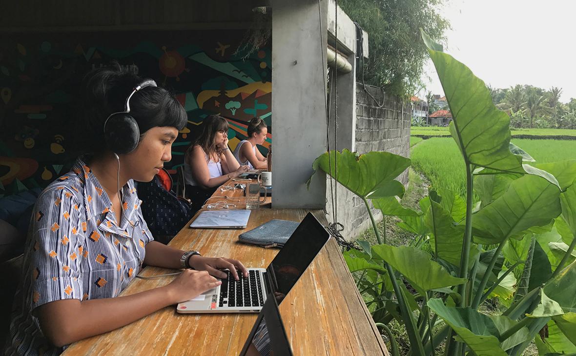 Индонезия отправит госслужащих на удаленку на Бали