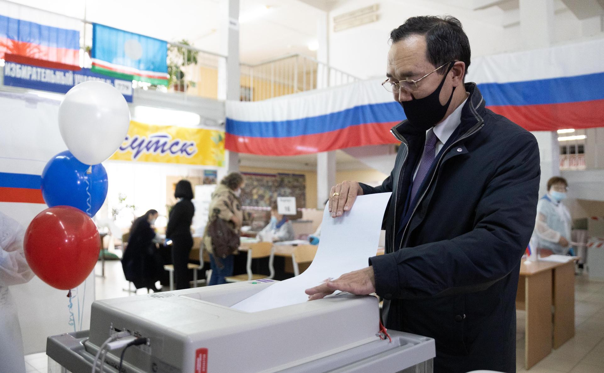 Глава Якутии АйсенНиколаев