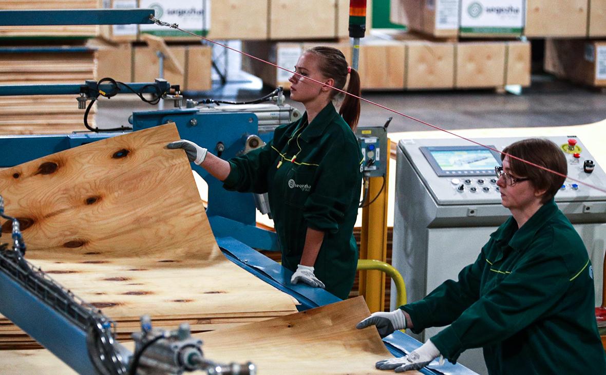Компания Мордашова пригрозила Европе ростом цен на фанеру