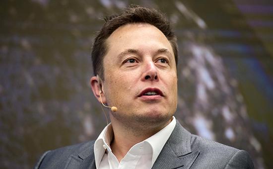 Глава компаний Tesla Motors и SpaceX Илон Маск