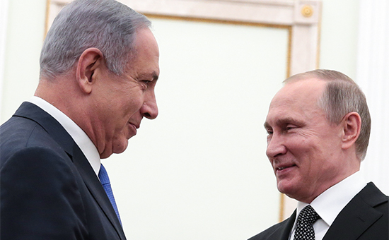Президент России Владимир Путин ипремьер-министр Израиля Биньямин Нетаньяху (слева направо) вовремя встречи вКремле. 21 апреля 2016 года