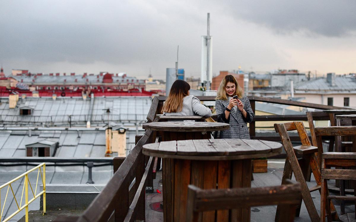 В Петербурге допустили открытие летних кафе значительно раньше обычного