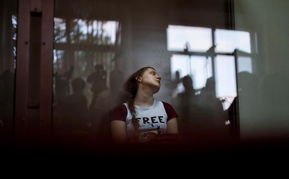 Анна Павликова, обвиняемая в организации экстремистского сообщества «Новое величие»