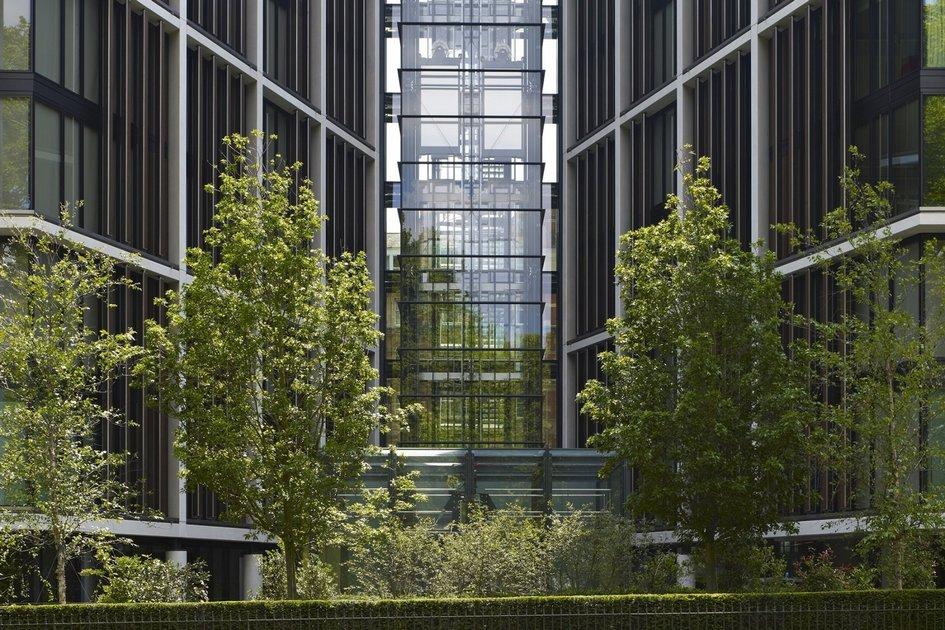 Жилой комплекс One Hyde Park в Лондоне