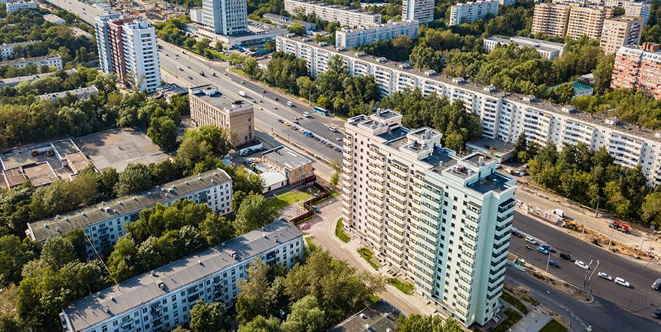 Вид на дома по Щелковскому шоссе, построенные для переселения москвичей из хрущевок