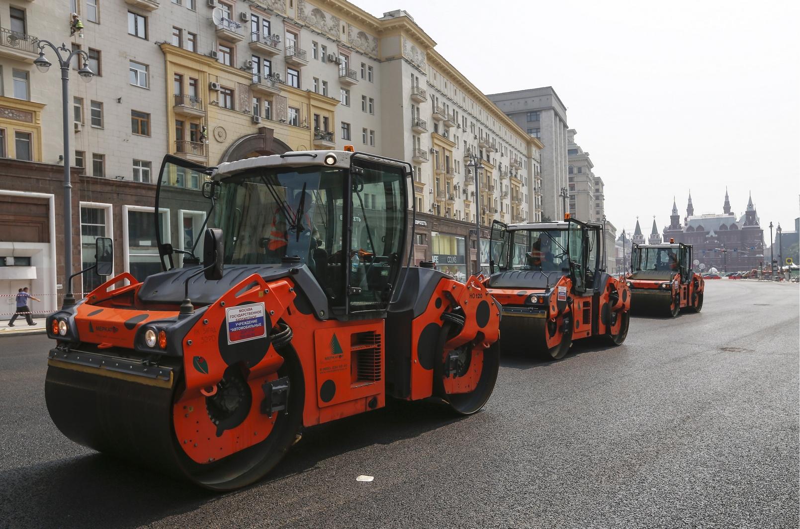 Ремонтные работы на первом участке Тверской, от Моховой улицы до Пушкинской площади, полностьюзавершатся к середине августа