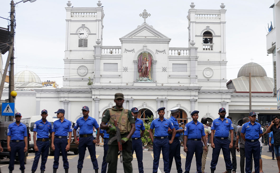 Церковь Святого Антония в Коломбо после взрывов