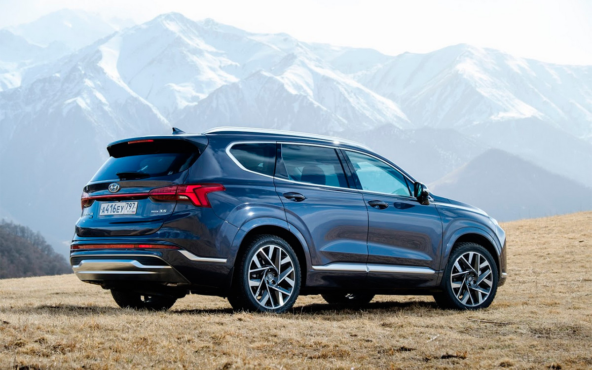 Подмена личности. Тест-драйв нового Hyundai Santa Fe