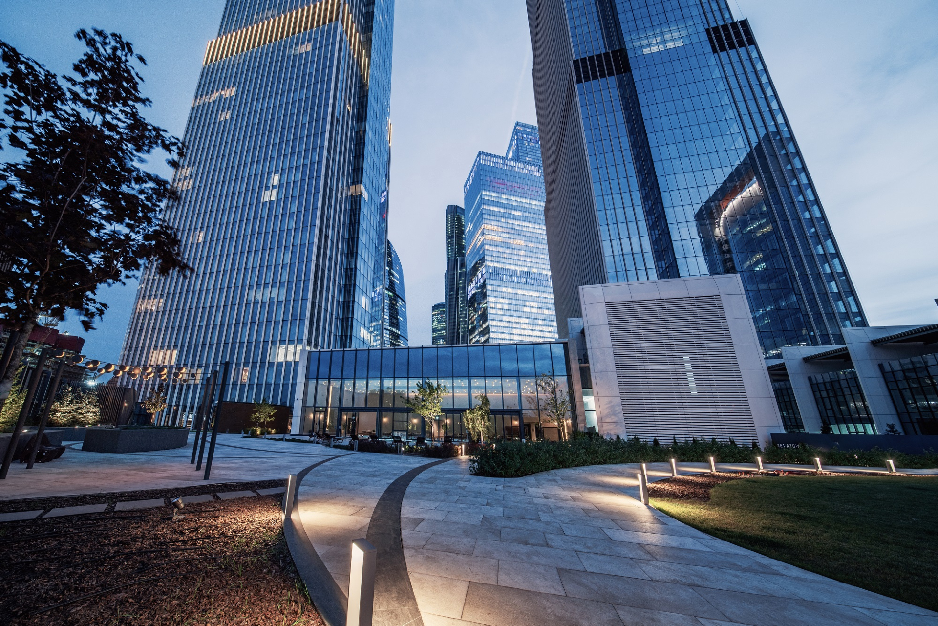 Neva Towers .Фасады