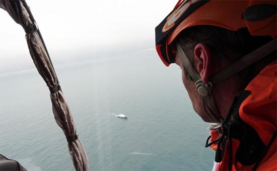 Поисково-спасательные работы у побережья Черного моря, гдепотерпел крушение самолет Минобороны РФ Ту-154