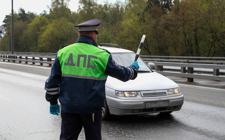 Если автомобилист начнет вести себя несоответственно обстановке, это послужит поводом для ГИБДД пробить его автоисторию