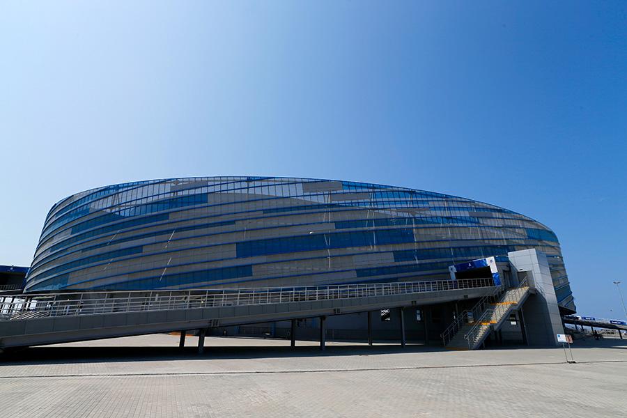 Вид на Ледовую арену «Шайба»