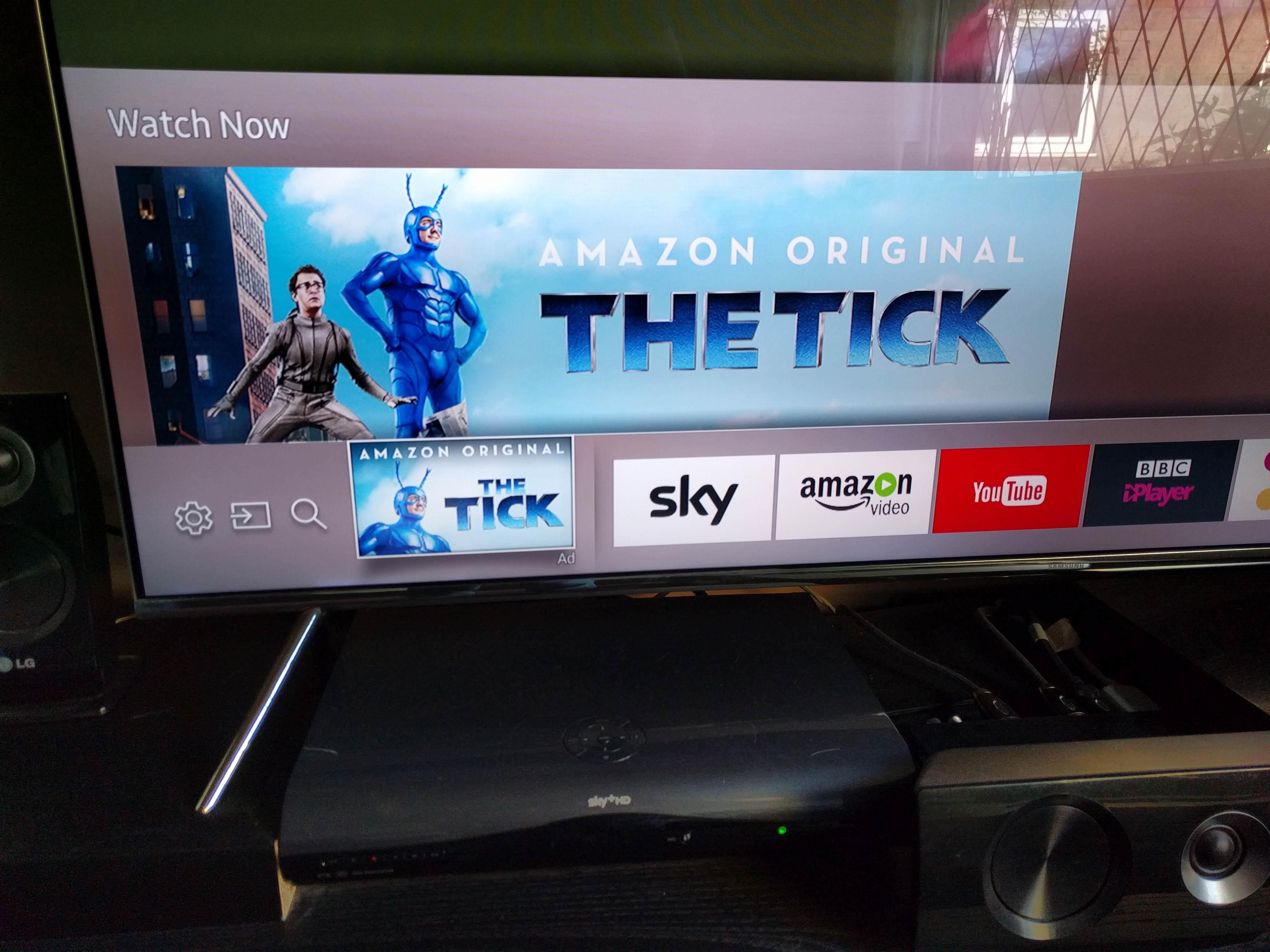 Пример навязчивой рекламы на умном ТВ от Samsung